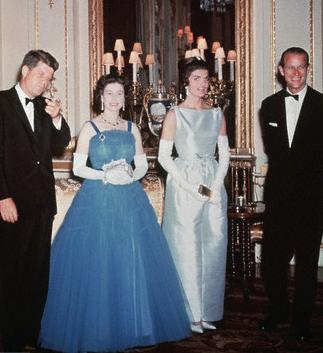 12 Foto Presiden Amerika Dengan Ratu Elizabeth II