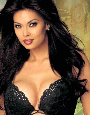 10 Aktris porno paling hot
