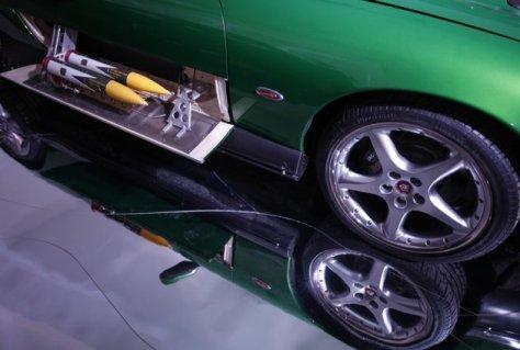 Detail dari Jaguar XKR Convertable yang digunakan James Bond dalam film Die Another Day. Foto APAlastair Grant.