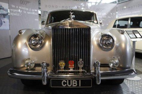 Rolls Royce Silver Cloud II dari film James Bond A View to a Kill. Foto ReutersSuzanne Plunkett.