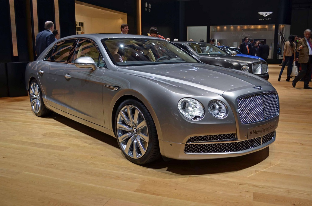 2015 bentley flying spur berita wow yang sedang trend. Black Bedroom Furniture Sets. Home Design Ideas